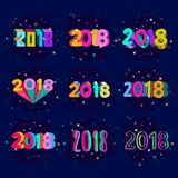 Projeto criativo do número do ano novo 2018 em cores do pop art tema tirado 2018 mãos para o cartão no estilo moderno ilustração do vetor