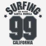 Projeto da tipografia do t-shirt do desgaste do esporte de Califórnia Vetor ilustração stock