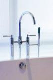 Projeto da torneira da banheira Imagens de Stock