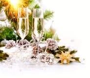 Projeto de cartão do ano novo com Champagne Fotografia de Stock Royalty Free