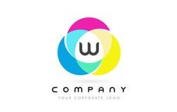 Projeto de letra circular colorido de W com cores do arco-íris ilustração royalty free