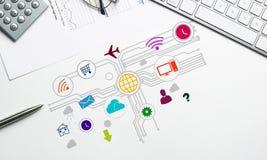 Projeto de relação para o móbil e a aplicação web Foto de Stock