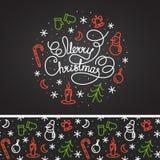 Projeto de rotulação branco do Feliz Natal e o teste padrão no fundo Fotografia de Stock