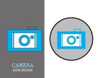 projeto do ícone da câmera com fundo disponível do círculo do estilo liso azul da cor ilustração royalty free