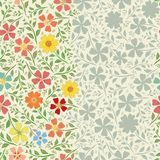 Projeto floral listrado incomum da beira do vintage com as flores tiradas m?o Teste padr?o sem emenda do vetor com brilhante e o  ilustração do vetor