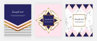 Projeto geométrico da tampa com ouro, cores cor-de-rosa e azuis, triângulos, quadro moderno e textura do mármore Molde para o con ilustração stock