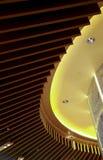 Projeto gráfico do dispositivo bonde de madeira das luzes de teto foto de stock royalty free