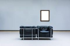 Projeto mínimo Clipp isolado branco de Art Museum Frame Wall Ornate fotos de stock royalty free
