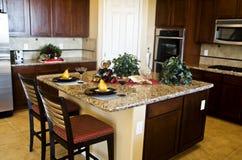 Projeto moderno da cozinha Imagem de Stock Royalty Free