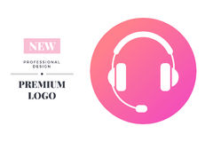 Projeto moderno do ícone da cor Fones de ouvido do vetor com sinal do microfone Fotos de Stock Royalty Free