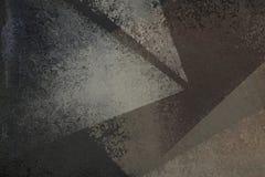 Projeto preto afligido velho do fundo com textura desvanecida do grunge em formas abstratas do triângulo de branco e de cinzento ilustração do vetor
