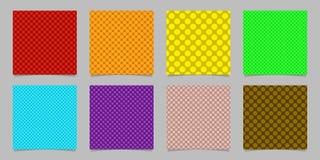 Projeto sem emenda simples do teste padrão do fundo do ponto ajustado - gráficos de vetor esquadrados dos círculos coloridos Fotos de Stock Royalty Free