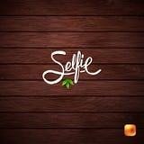 Projeto simples do texto para o conceito de Selfie na madeira fotos de stock royalty free
