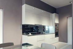 Projeto vanguardista da cozinha Imagens de Stock