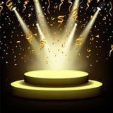 Projetor que brilha na fase vazia com confetes do ouro Foto de Stock Royalty Free