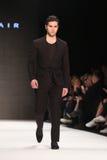 Prolongación del andén de Afffair en Mercedes-Benz Fashion Week Istanbul imagenes de archivo