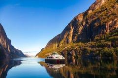 Prom krzyżuje Lysefjord Forsand Rogaland Norwegia Scandinavia obrazy stock
