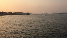 Prom na rzece w Wietnam zbiory wideo