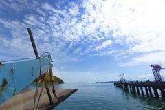 Prom Niesie samochodowych pojazdów acroos Tajlandzkiej zatoki Koh Chang wyspa wewnątrz Fotografia Stock