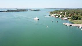 Prom także opuszcza tutaj jak wiele inni mali porty po całym archipelag Finlandia zdjęcie wideo