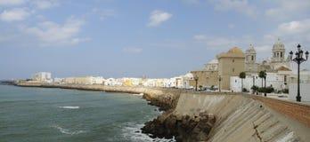 Promenad i Cadiz Arkivbild