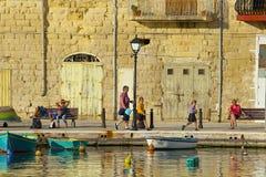 Promenad i St Julians, Malta Fotografering för Bildbyråer
