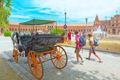 Promenad och för häst en fyrkant nära av Spanien är en fyrkant i th Fotografering för Bildbyråer
