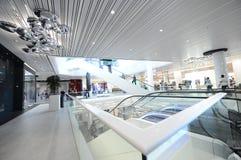 Promenadawinkelcentrum Boekarest stock foto's