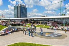 Promenadawinkelcentrum, Boekarest, Roemenië Stock Fotografie