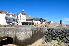 Promenadbyggnader, Lyme Regis Arkivfoto