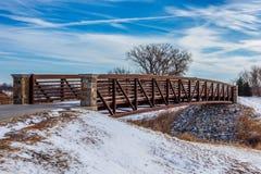 Promenade à travers le pont Images libres de droits