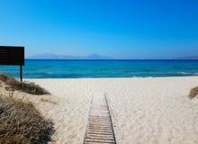 Promenade aan het strand Stock Foto