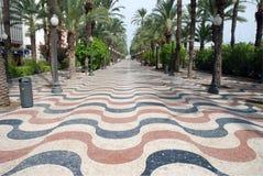 Promenade in Alicante, Spanien Stockfotos