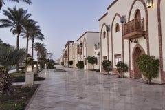 'promenade' cerca del hotel magnífico real en Sharm el Sheikh Foto de archivo libre de regalías