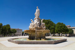 Promenade Charles de Gaulle in Nîmes stock afbeelding