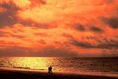 Promenade de coucher du soleil Photo libre de droits