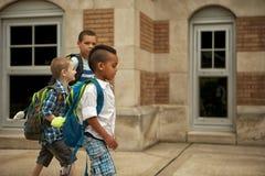 Promenade de cour d'école Images stock