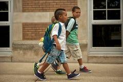 Promenade de cour d'école Photo stock