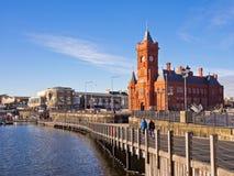 'promenade' de la bahía de Cardiff Imagenes de archivo