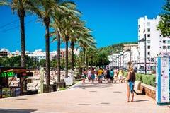 'promenade' de la orilla del mar de Ibiza Imágenes de archivo libres de regalías