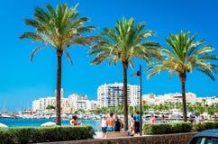 'promenade' de la orilla del mar de Ibiza Foto de archivo libre de regalías