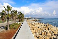 'promenade' de Molos en Limassol, Chipre Fotografía de archivo libre de regalías