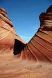 Promenade de remous de roche à travers Photos stock