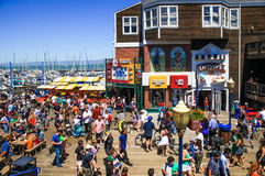 Promenade de San Francisco Pier 39 photo stock