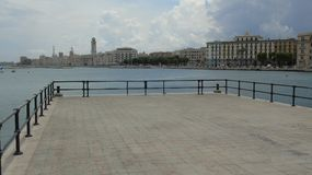 Promenade in de stad van Bari Royalty-vrije Stock Foto's