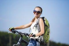 Promenade de vélo d'été photos stock