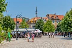 'promenade' del cuadrado de Cetinje Dvorski Fotografía de archivo