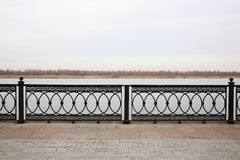 'promenade' del río Volga Astrakhan, Rusia Fotografía de archivo