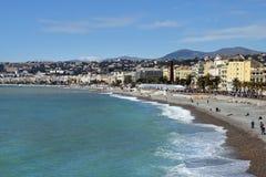 Promenade des Anglais en het strand in Nice Stock Foto's