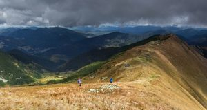 Promenade des montagnes Image libre de droits
